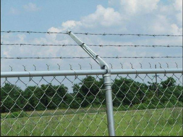 Temporary Fence - Barbed Wire Top